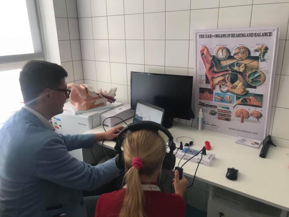 """Проверка слуха в """"Гимназии А+"""""""
